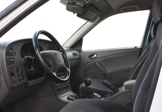 SAAB 9-5 III sedan wnętrze
