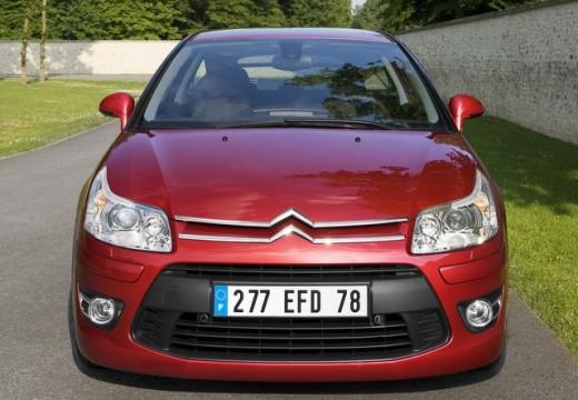 CITROEN C4 II hatchback czerwony jasny przedni