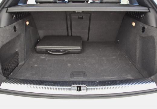 AUDI Q3 I kombi przestrzeń załadunkowa