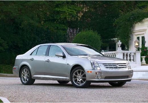 CADILLAC STS sedan silver grey przedni prawy