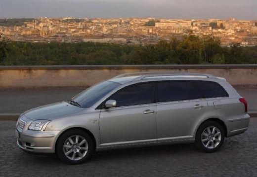 Toyota Avensis III kombi silver grey przedni lewy