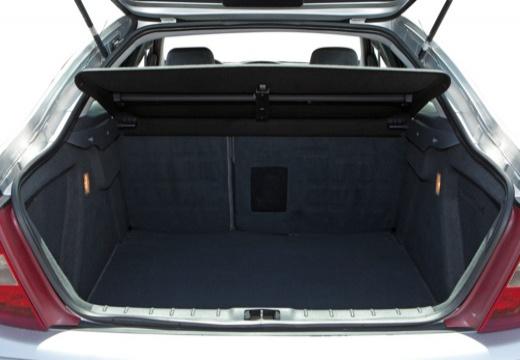 CITROEN C5 I hatchback silver grey przestrzeń załadunkowa