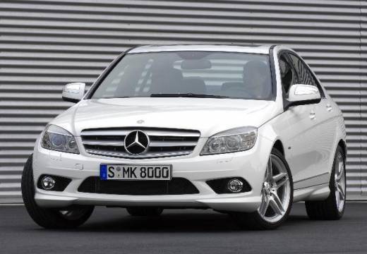 MERCEDES-BENZ Klasa C sedan biały przedni lewy