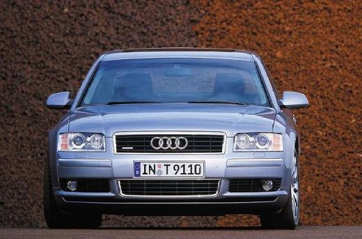 AUDI A8 4E I sedan silver grey przedni