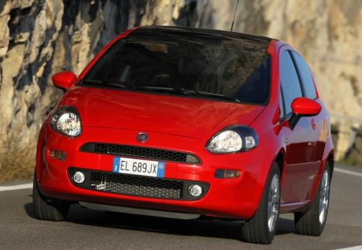 FIAT Punto hatchback czerwony jasny przedni lewy