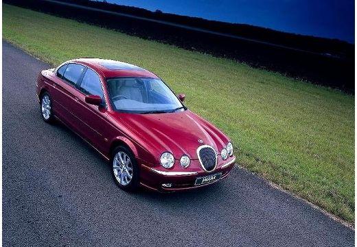 JAGUAR S-Type I sedan bordeaux (czerwony ciemny) przedni prawy