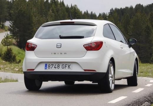 SEAT Ibiza V hatchback biały tylny prawy