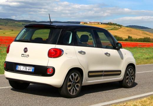 FIAT 500 L I hatchback biały tylny prawy