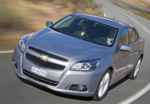 CHEVROLET Malibu sedan silver grey przedni lewy