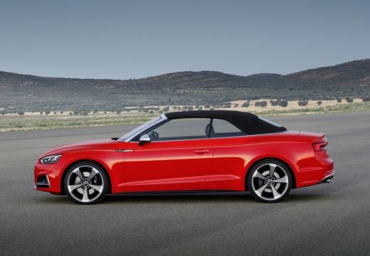 AUDI A5 kabriolet czerwony jasny boczny lewy