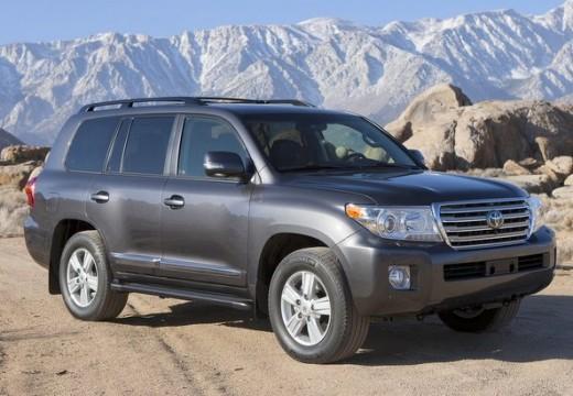 Toyota Land Cruiser kombi silver grey przedni prawy