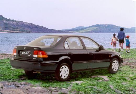 HONDA Civic III sedan czarny tylny prawy