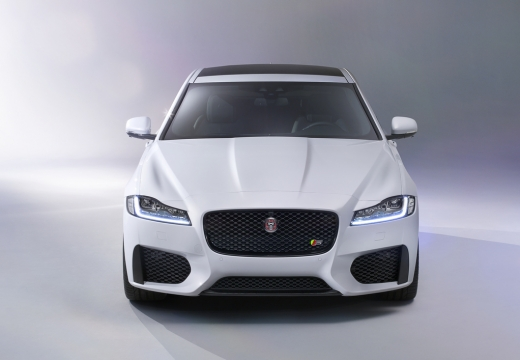 JAGUAR XF II sedan biały przedni