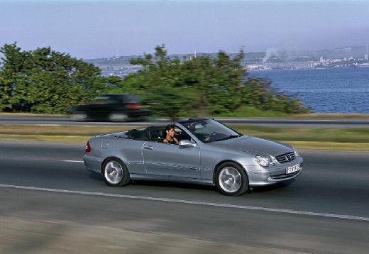 MERCEDES-BENZ Klasa CLK CLK Cabriolet A 209 I kabriolet silver grey przedni prawy
