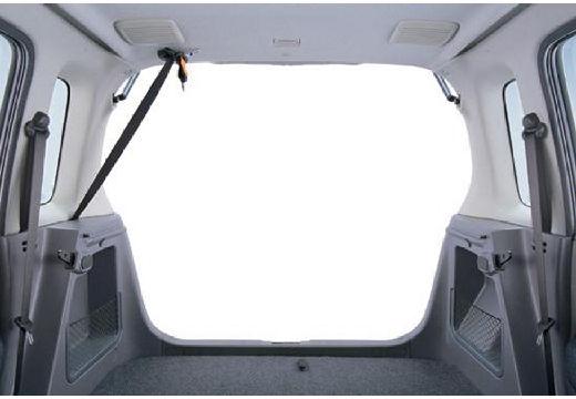 SUZUKI Wagon R+ II hatchback przestrzeń załadunkowa