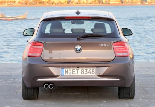 BMW Seria 1 F21 I hatchback brązowy tylny