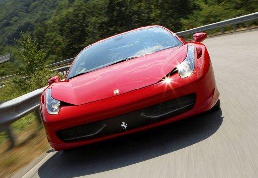 FERRARI 458 I coupe czerwony jasny przedni