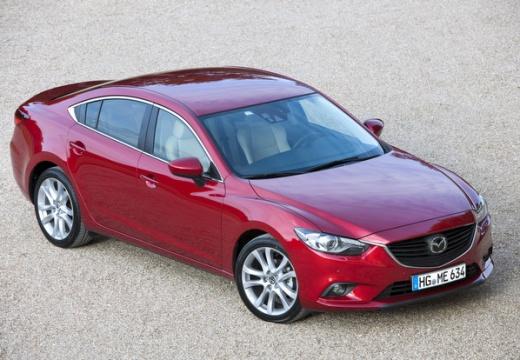 MAZDA 6 V sedan czerwony jasny przedni prawy
