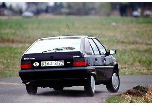 CITROEN BX I hatchback czarny tylny prawy
