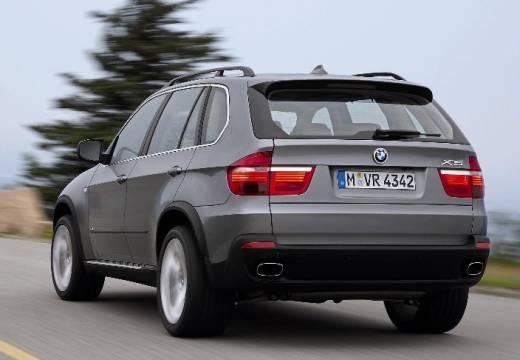 BMW X5 kombi silver grey tylny lewy