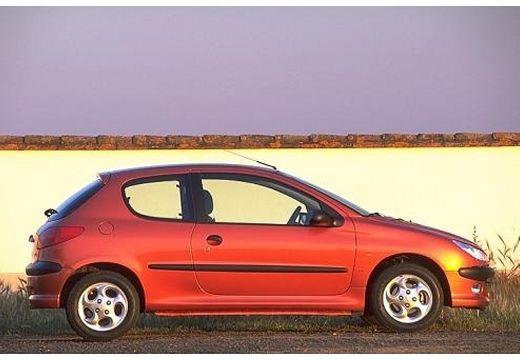 PEUGEOT 206 I hatchback boczny prawy