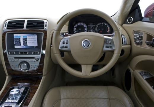 JAGUAR XK II coupe tablica rozdzielcza