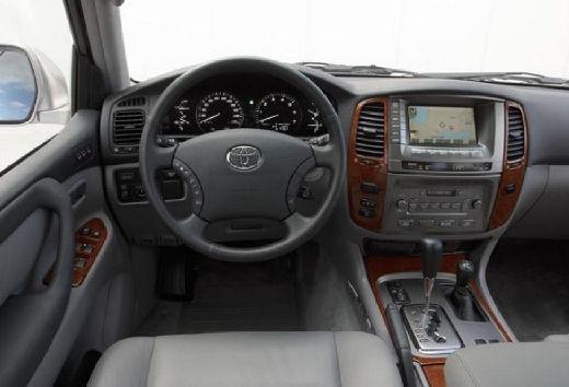 Toyota Land Cruiser 100 II kombi tablica rozdzielcza