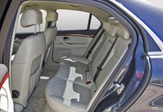 CADILLAC BLS I sedan wnętrze
