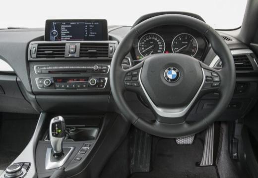 BMW Seria 1 F21 I hatchback tablica rozdzielcza