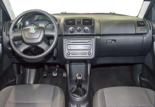 SKODA Fabia II II hatchback tablica rozdzielcza