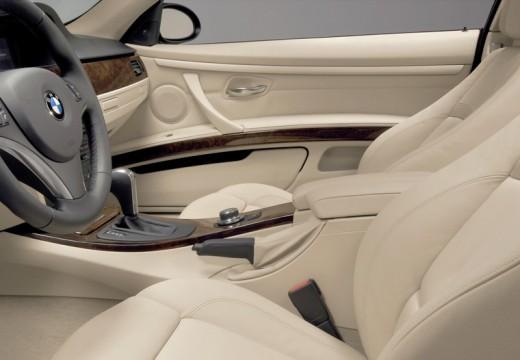BMW Seria 3 E92 II coupe wnętrze
