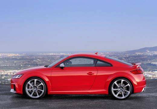 AUDI TT III coupe czerwony jasny boczny lewy