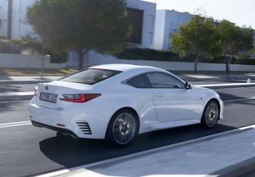 LEXUS RC I coupe biały tylny prawy