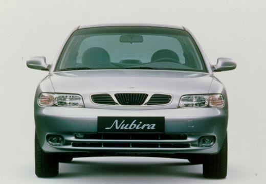 DAEWOO / FSO Nubira Hatchback