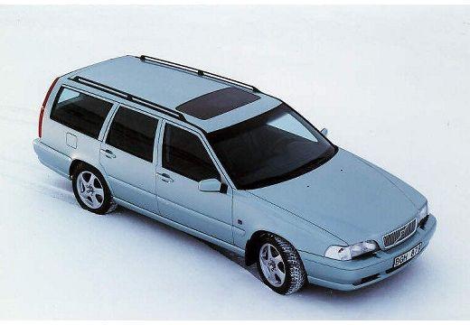VOLVO V70 Classic kombi niebieski jasny górny przedni