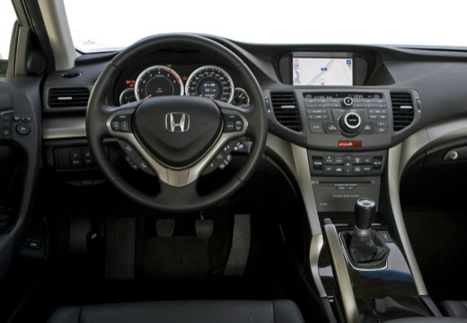 HONDA Accord VIII sedan tablica rozdzielcza