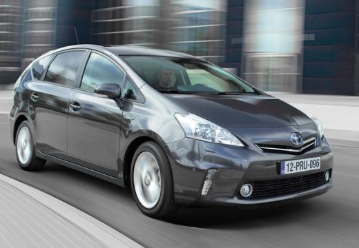 Toyota Prius + I kombi silver grey przedni prawy