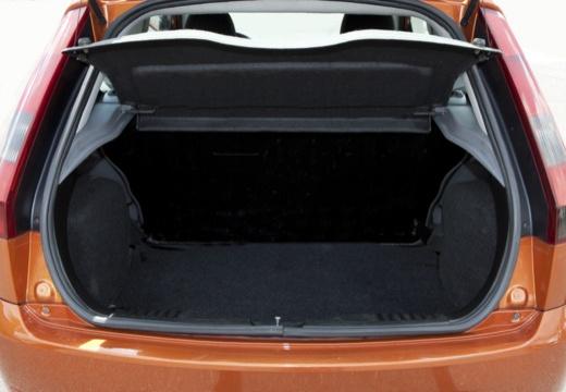 FORD Fiesta V hatchback przestrzeń załadunkowa