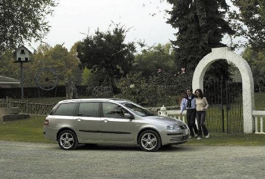 FIAT Stilo kombi silver grey przedni prawy