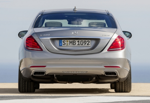 MERCEDES-BENZ Klasa S W 222 sedan silver grey tylny