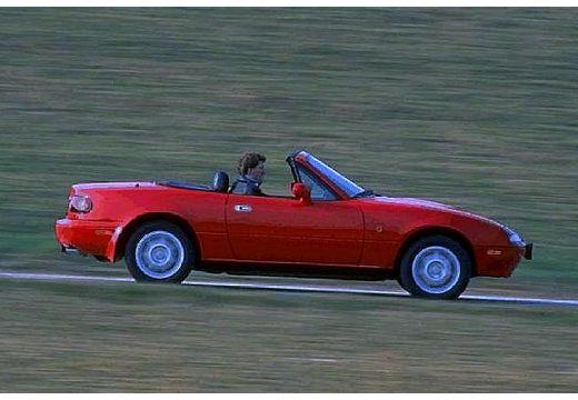 MAZDA MX-5 I roadster czerwony jasny boczny prawy