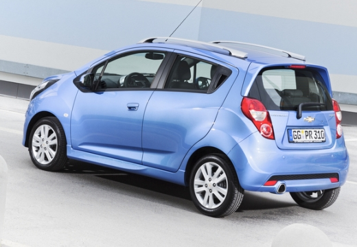 CHEVROLET Spark hatchback niebieski jasny tylny lewy