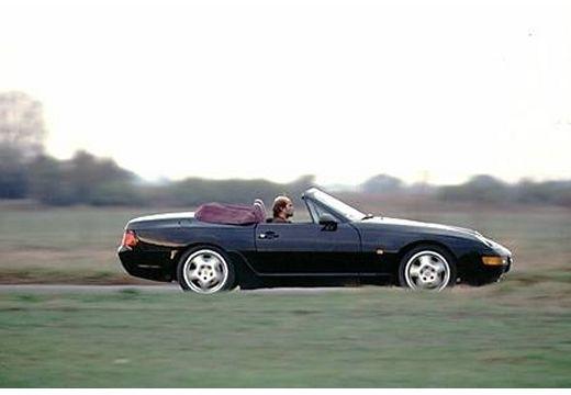 PORSCHE 968 kabriolet czarny boczny prawy