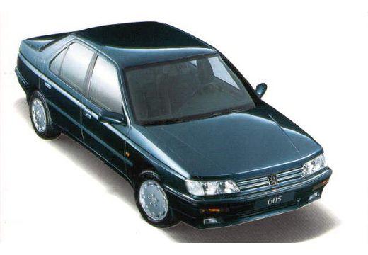PEUGEOT 605 II sedan przedni prawy