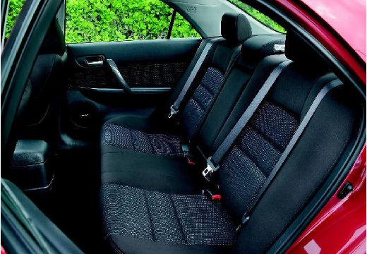 MAZDA 6 II hatchback czerwony jasny wnętrze