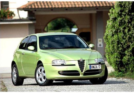 ALFA ROMEO 147 hatchback zielony jasny przedni prawy