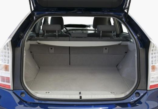 Toyota Prius II hatchback niebieski jasny przestrzeń załadunkowa