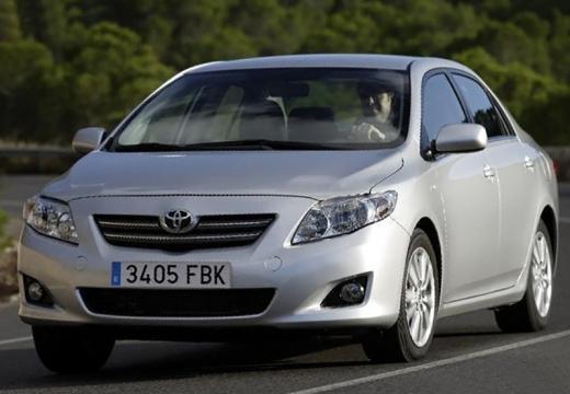 Toyota Corolla I sedan silver grey