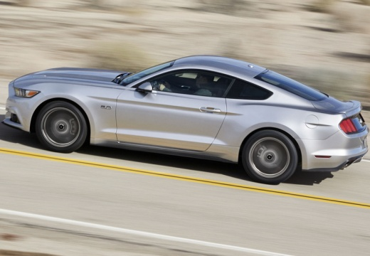 FORD Mustang Fastback I coupe silver grey boczny lewy