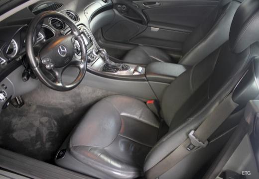 MERCEDES-BENZ Klasa SL SL 230 I roadster wnętrze